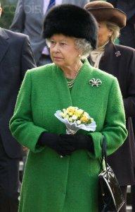 queen2v.jpg