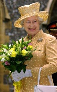 queen2002bowbrooch.jpg
