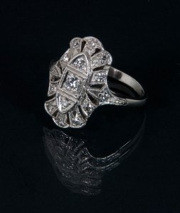 long-antique-ring-angle-profile-small.jpg