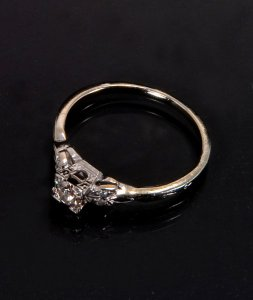 marks-ring-top-profile-small.jpg