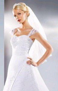 8612 The Gown.jpg