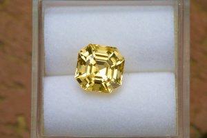 facet yellow garnet1.jpg
