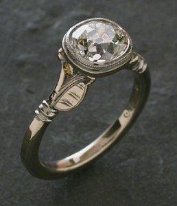 Garnet ring image nbr 1.jpg