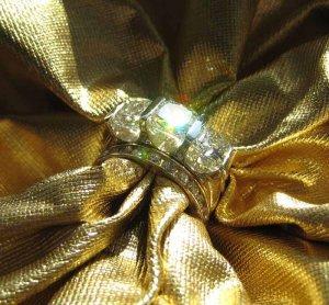SuzyQz RHR gold w spark 8717.jpg
