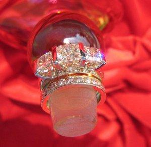 SuzyQz RHR perfume bottle stopper 8919.jpg