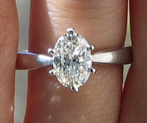 my oval diamond pic 1.jpg