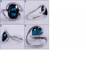 oval sapphire interesting ring 01.jpg