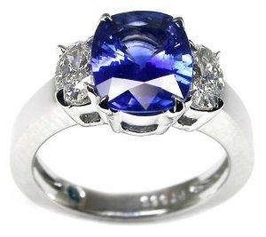 anne_sapphire_oval_diamonds.jpg