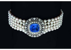Sapphire-Diamond choker, Queen Ellena of Savoie, Q. of Italy.jpg