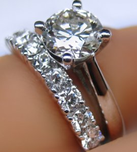 I.D. Jewelers WG Wedding Set.jpg