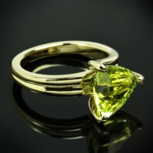 Custom-Chrysoberyl-Trilliant-Yellow-Gold-Solitaire-Ring-by-Whiteflash-20422_3.jpg