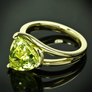 Custom-Chrysoberyl-Trilliant-Yellow-Gold-Solitaire-Ring-by-Whiteflash-20422_5.jpg
