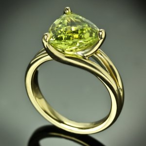 Custom-Chrysoberyl-Trilliant-Yellow-Gold-Solitaire-Ring-by-Whiteflash-20422_9.jpg