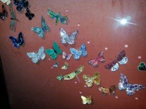 diamondandgemstonebutterfliesomgjar.jpg