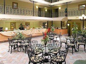 best western governors suites atrium.jpg