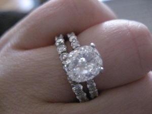 Thick wedding bands with thin erings | PriceScope Forum