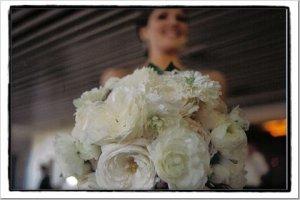 BouqFair Bianca roses and ranunculus.jpg