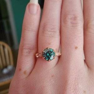 How does moissanite compare to diamond? | PriceScope Forum