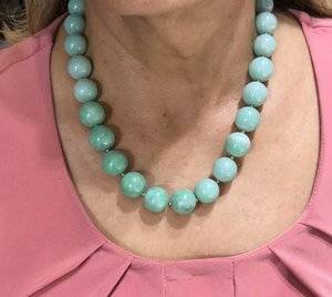Jadeite Bead Necklace C (2).jpg