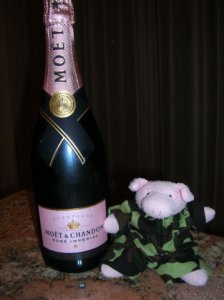 champagne with POG0001.jpg