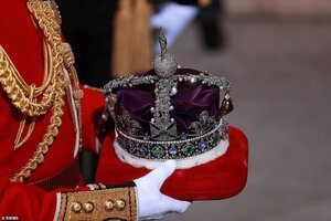 The Imperial State Crown.jpg