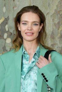 natalia-vodianova-attends-the-berluti-menswear-spring-summer-2020-show-during-paris-fashion-we...jpg