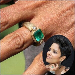 Halle-Berry-Emerald-Engagement-Ring.jpg