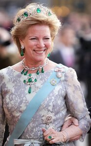 The Greek Emerald Parure Tiara.jpg