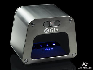 GIA-UV-Lamp-and-Viewing-Cabinet-with-Test-Strip.jpg