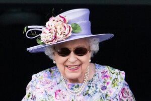 Queen Elizabeth attends Epsom Derby Day, June 2018.jpg