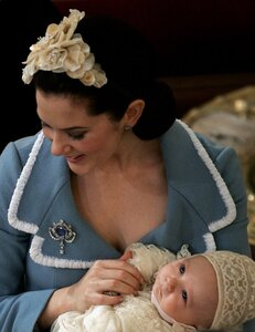 Princess+Mary+Brooches+Gemstone+Brooch+lgSI33pRtP4l.jpg
