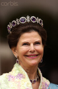 Queen%20Silvia%20in%20the%20amethyst%20tiara.jpg