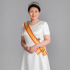 a new official portrait of Empress Masako, taken on May 1, 2019..jpg