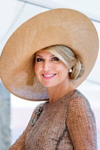 queen-maxima-of-the-netherlands-bellisima-hat-picture-not-free-of-rights.jpg