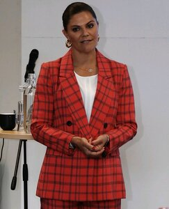 crown-princess-victoria-wore-by-malina-blazer-and-pants-3.jpg