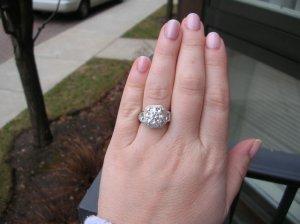 hand outside0001.jpg