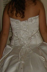 tryin-on-the-dress-015.jpg
