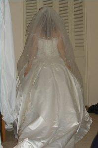 tryin-on-the-dress-021.jpg