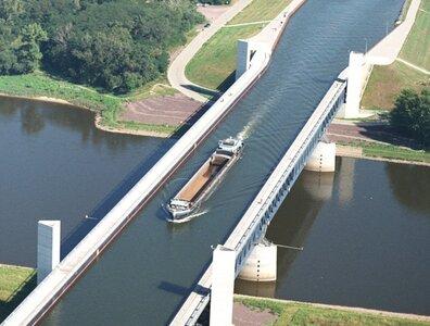 magdeburg-water-bridge.jpg