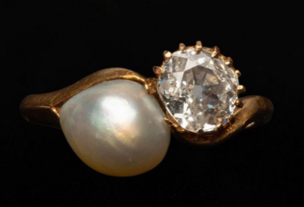 Diamond and Pearl ring.PNG