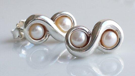 Tiffany pearls.jpg