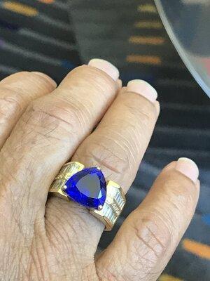 5.00ct Blue Trillion Ring 3.jpg