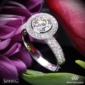 Simon G Passion Diamond Engagement Ring set with a 0.94ct I SI1 Expert Selection