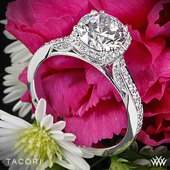 Tacori Dantela Crown diamond ring