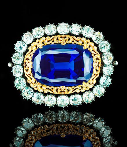 130.50 carat burmese sapphire diamond brooch christie's geneva may 18 auction