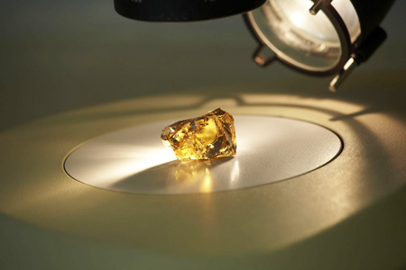 136 carat rough yellow diamond