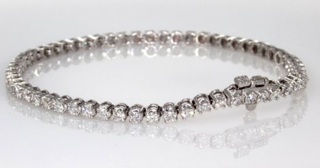 9.79 ct Diamond Tennis Bracelet in 14K White Gold at I.D. Jewelry
