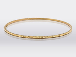yellow gold hammered stacking bangle bracelet