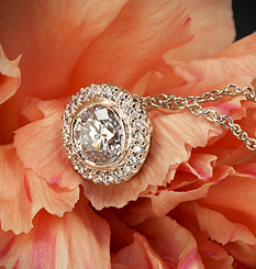 18k Rose Gold Ritani Bella Vita Halo Diamond Pendant at Whiteflash