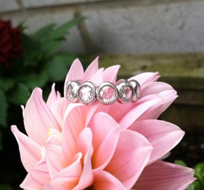 Rose cut diamond band